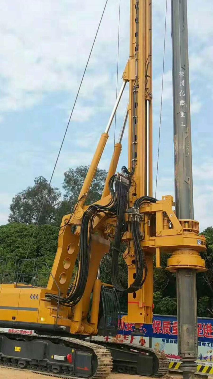 亿欧首页bob配套徐工旋挖钻机在广东工地施工