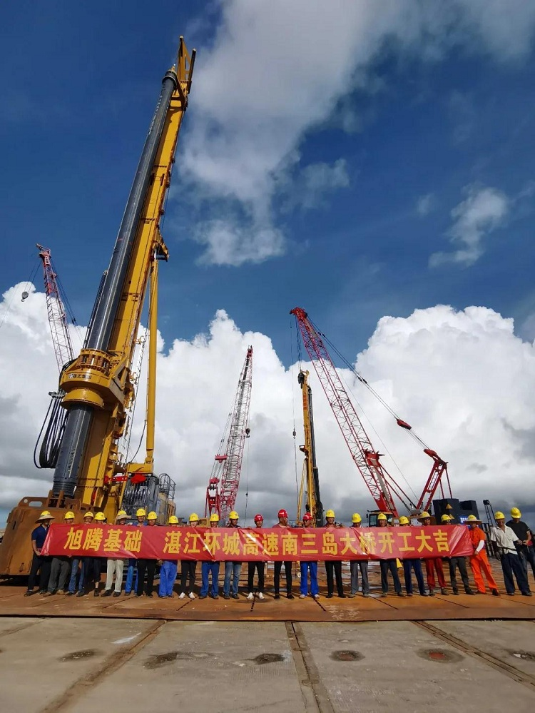 亿欧首页bobMZ-630-6*24.5M在湛江环城高速南三岛大桥施工